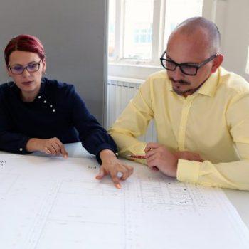 Herr David Michalk bei der schweißtechnischen Planung und Konstruktion