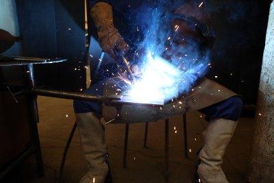 Metallschutzgasschweißen zu Ausbildungszwecken